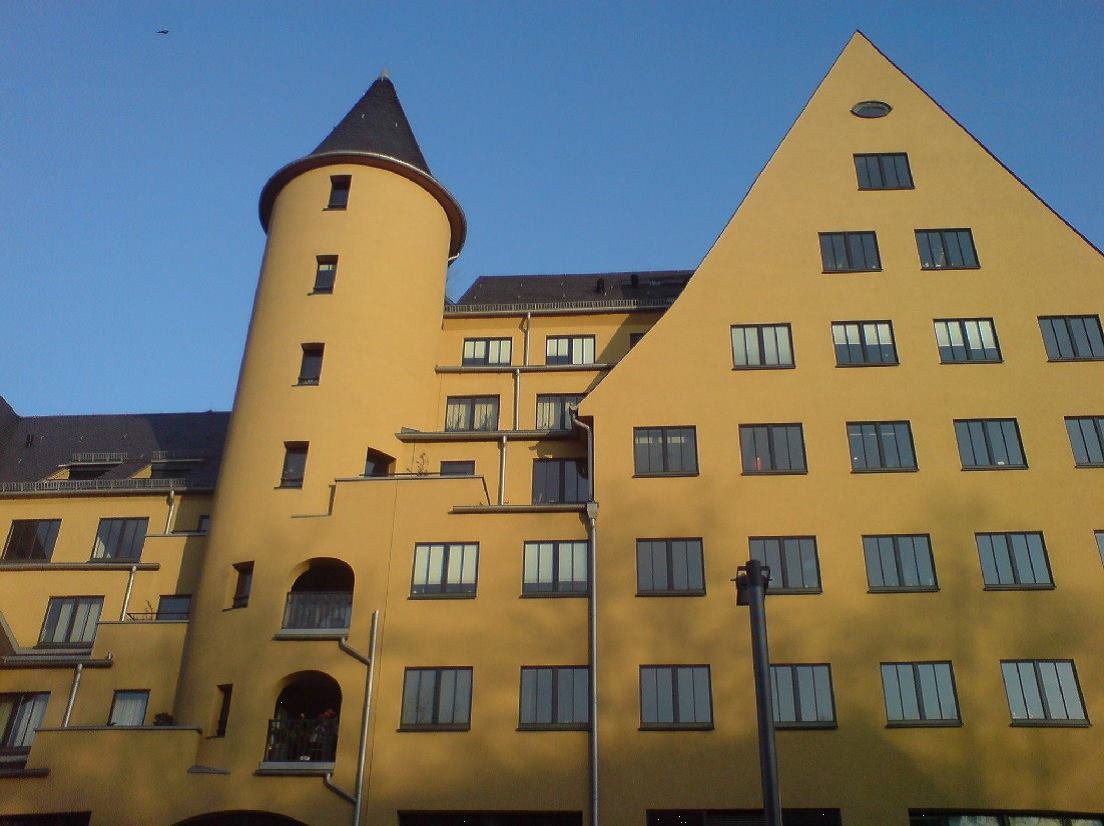 Charming, light flushed 2 room flat at the Rheinauhafen